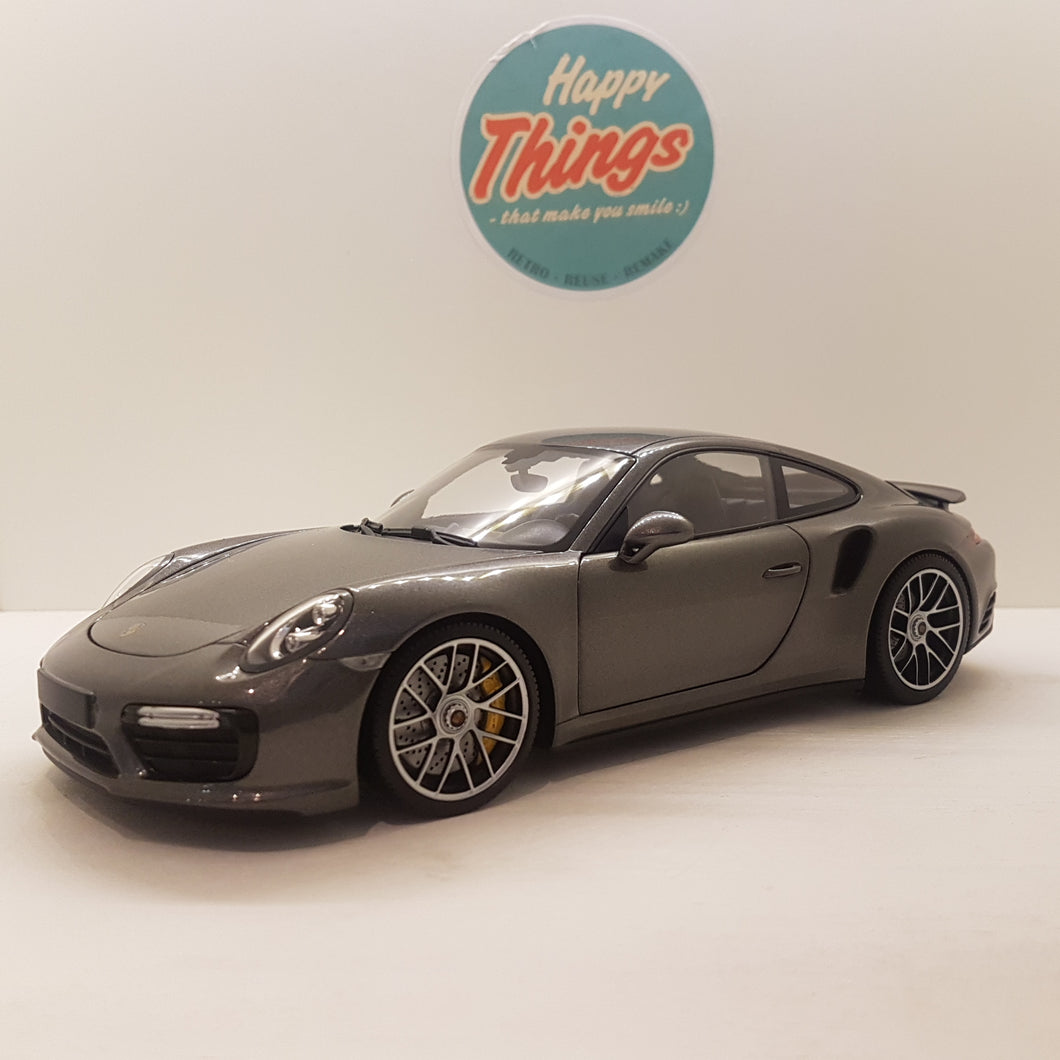 1:18 Porsche 911 Turbo S, MiniChamps, gråmetallic, åben model