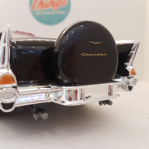 1:18 Chevrolet Bel Air Convertible, Lucky Die Cast, sort/hvid