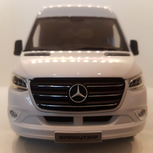 1:18 Mercedes-Benz Sprinter Van, hvid, Norev, org. MB emballage, åben model