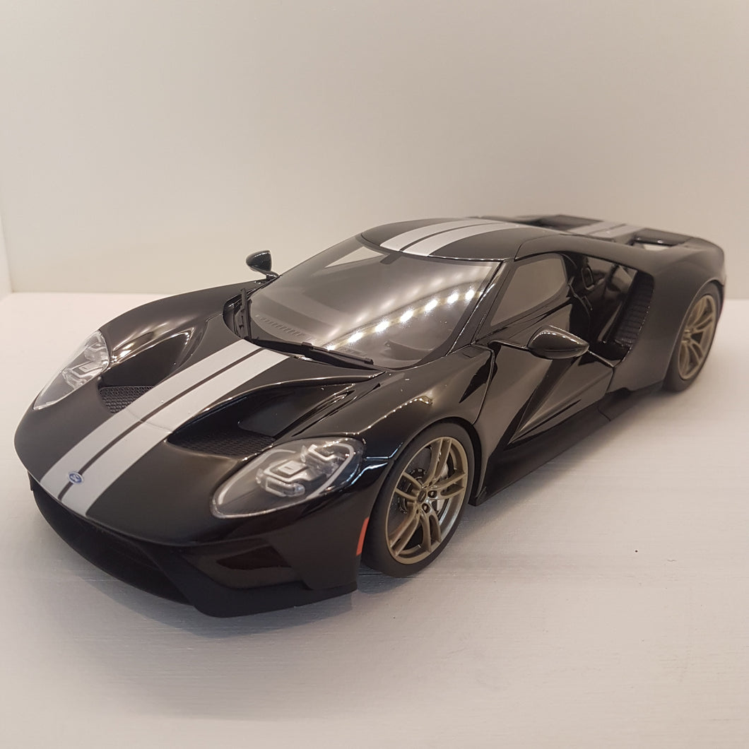 2016 Ford GT, GT Spirit, sort, 1:18, limited 366, lukket model