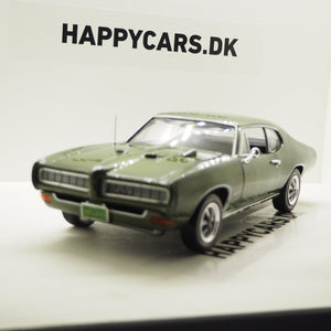 1:18 Pontiac GTO Hardtop, Class of 68, 50th anniversary, grøn, 1968, AutoWorld 1128, limited, åben model