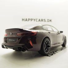 Indlæs billede til gallerivisning 1:18 BMW M8 Gran Coupé, GT Spirit, GT285, limited, lukket model