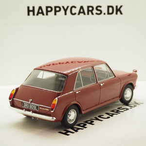1:18 Austin 1100 4 dørs, 1969, rød, Cult Scale, lukket model, limited