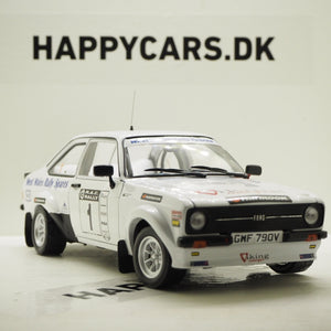 1:18 Ford Escort RS1800 England, #1 Winner Rally Roger Albert Clark, SunStar 04499, hvid, åben model, limited 999 stk.