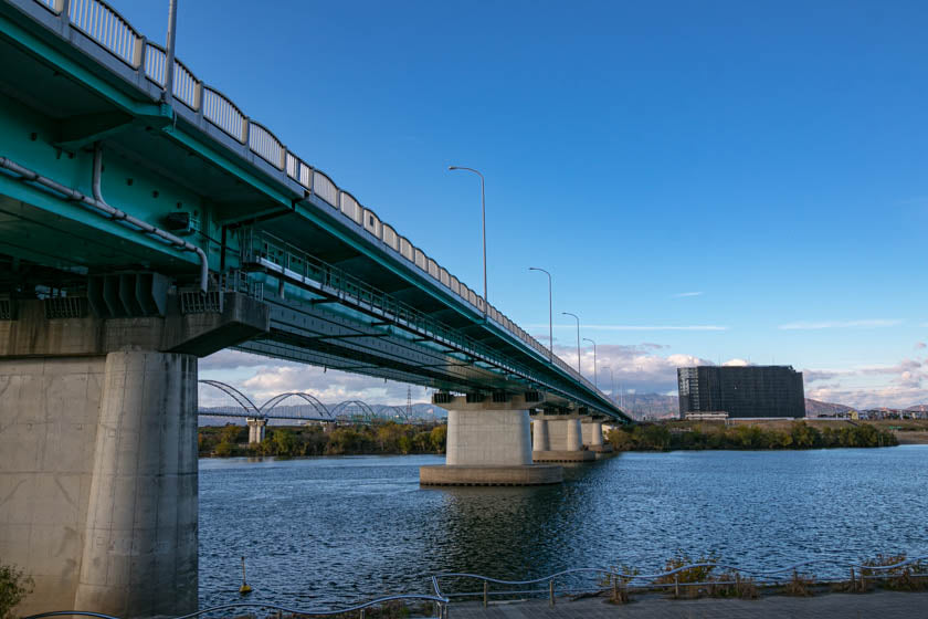 Impressive bridge on the Yodo river during the Kyoto to Osaka ride.