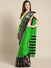 Load image into Gallery viewer, Designer Cottan Saree, Light weight Light Green color saree Contrast Pallu And Maching Border Blouse