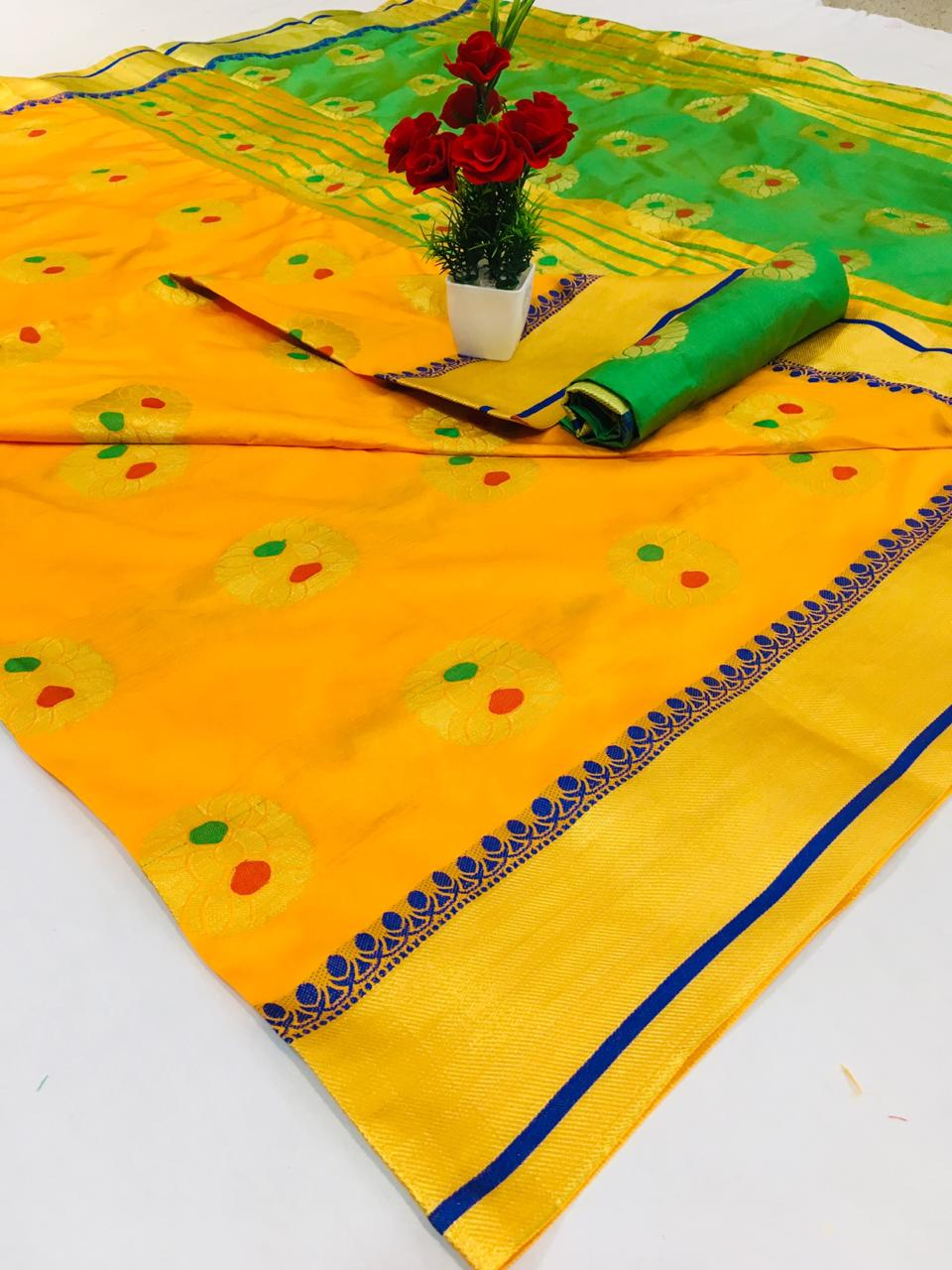Exclusive Design Pure Soft Banarasi silk Contrast Pallu and Contrast blouse Yellow color