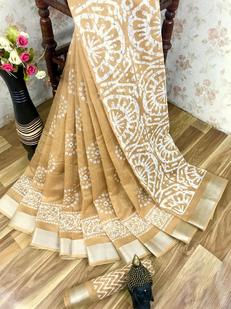 Heavy fabric cotton slub saree with a blouse for running use Cream color saree for women
