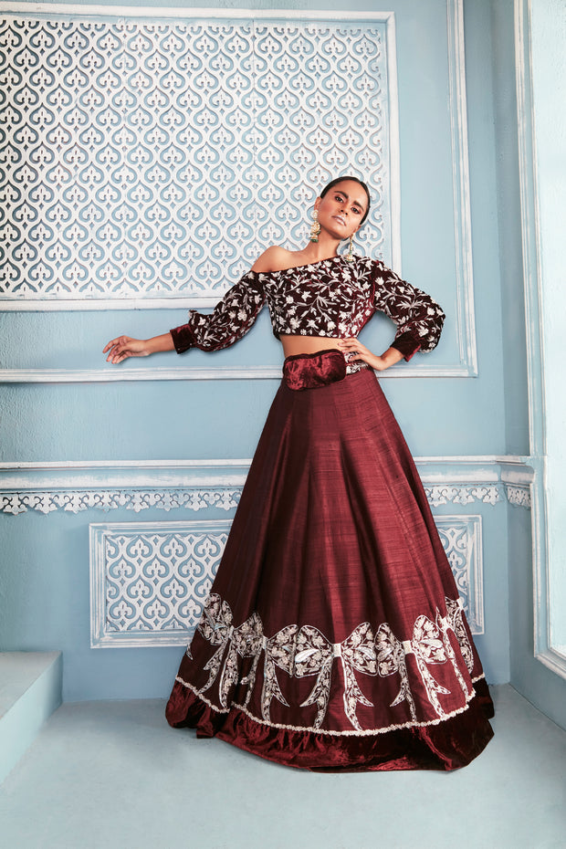 Sweatshirt blouse with bow lehenga set