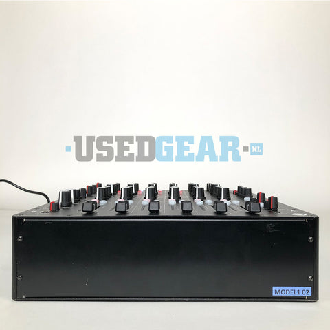PLAYdifferently MODEL1 02 front