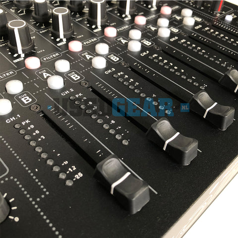 PLAYdifferently MODEL1 03 faders