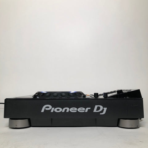 Pioneer DJ CDJ-2000NXS2 56 right
