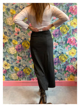 Load image into Gallery viewer, Jil Sander Black Maxi Skirt