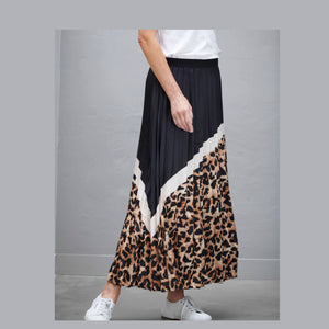 Raw Print Pleat Skirt -Animal