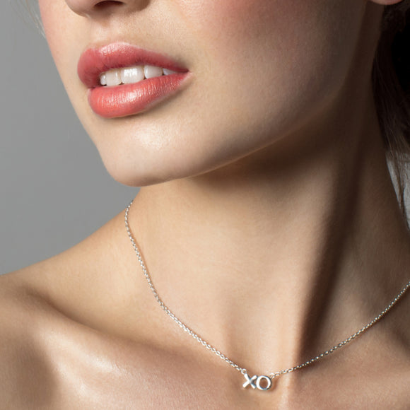 Charli Kiss Hug Necklace