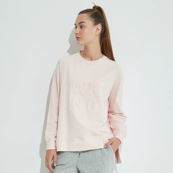 Embossed WKND Sweat - Soft Pink