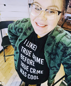 True Crime T-Shirt - COMMON DEAR