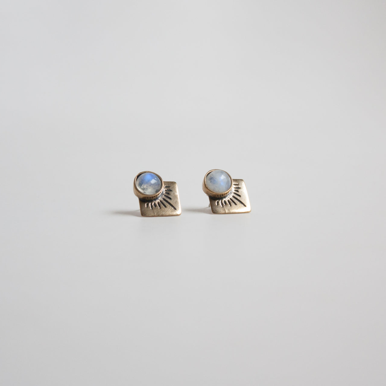 Marisol Stud Earrings Rainbow Moonstone