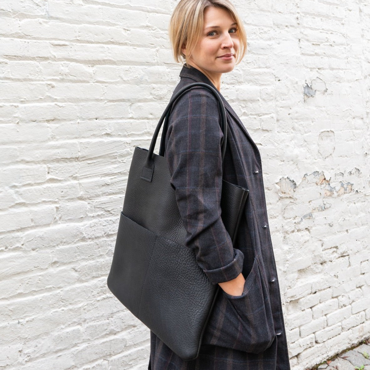 Leather Tote in Black Pebbled Leather