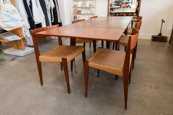 Dining Set w/ Wicker Chairs