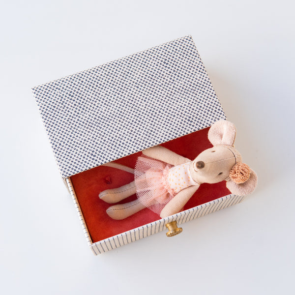 Ballerina Mouse in a Box