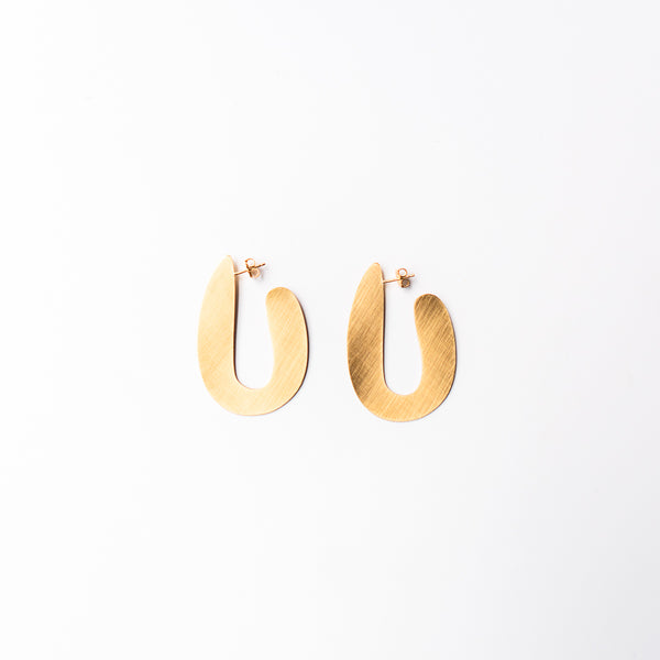 Vaso Curvy Post Earrings