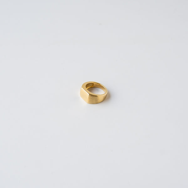 Remy Pink Signet Ring Gold