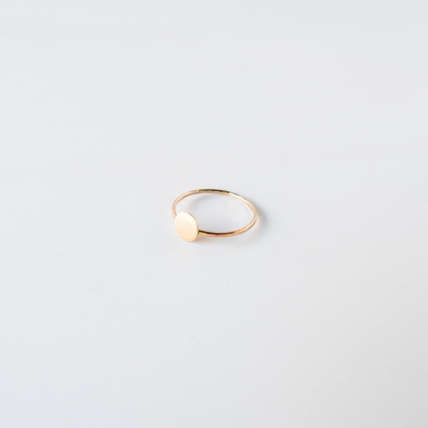 Circle Confetti Ring Gold