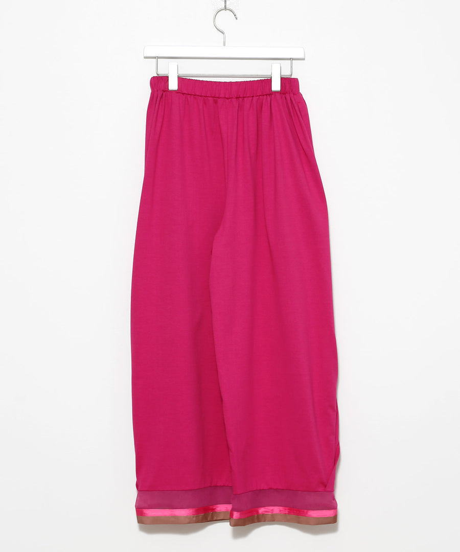 Pants with side tucks