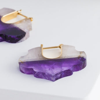Crest bicolor amethyst damask earrings