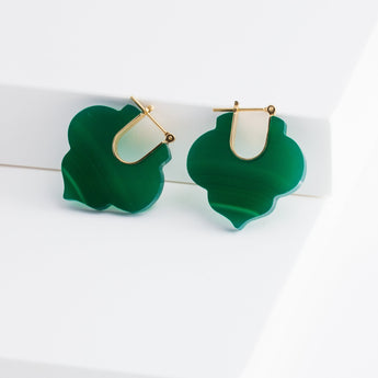 Crest green agate Moroccan earrings