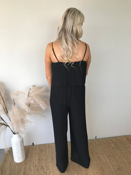 Pleated Jumpsuit (black)