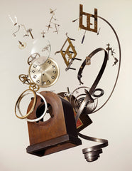 Apart Wind-Up Clock