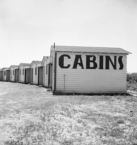 Cabins on US 99