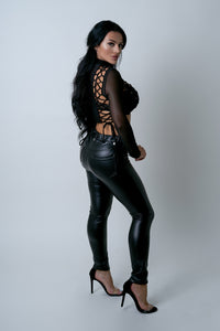 black faux leathe biker pants th2