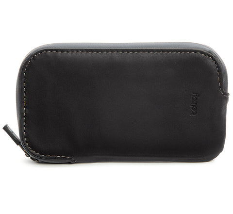 Bellroy Elements Phone Pocket water resistant phone case wallet for iPhone 5 / 5S in black
