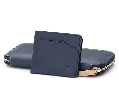 Picture of Bellroy Carry Out wallet in blue steel