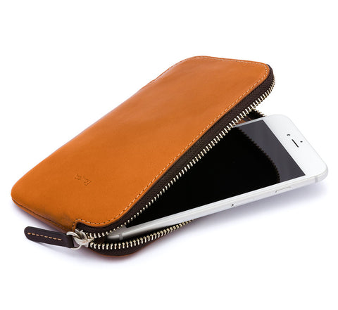 Picture of Bellroy 'Phone Pocket Plus' phone case wallet in caramel