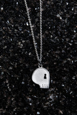 将图片加载到图库查看器,THE REAL BUY X WWW. WILL SHOTT STERLING SILVER SKULL NECKLACE - Trendy Maker
