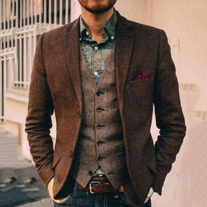 Classic brown long sleeves fitted blazer