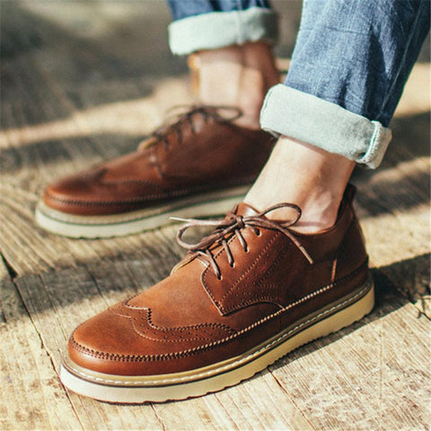 Men's casual Brock carved leather shoes