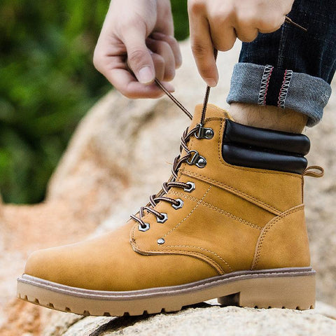 Fashion men's lace-up round-toed low-heel martin boots