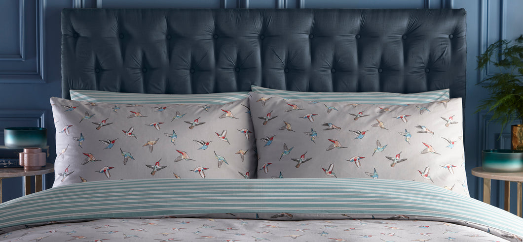 Oasis Hummingbird Pillowcase Pair
