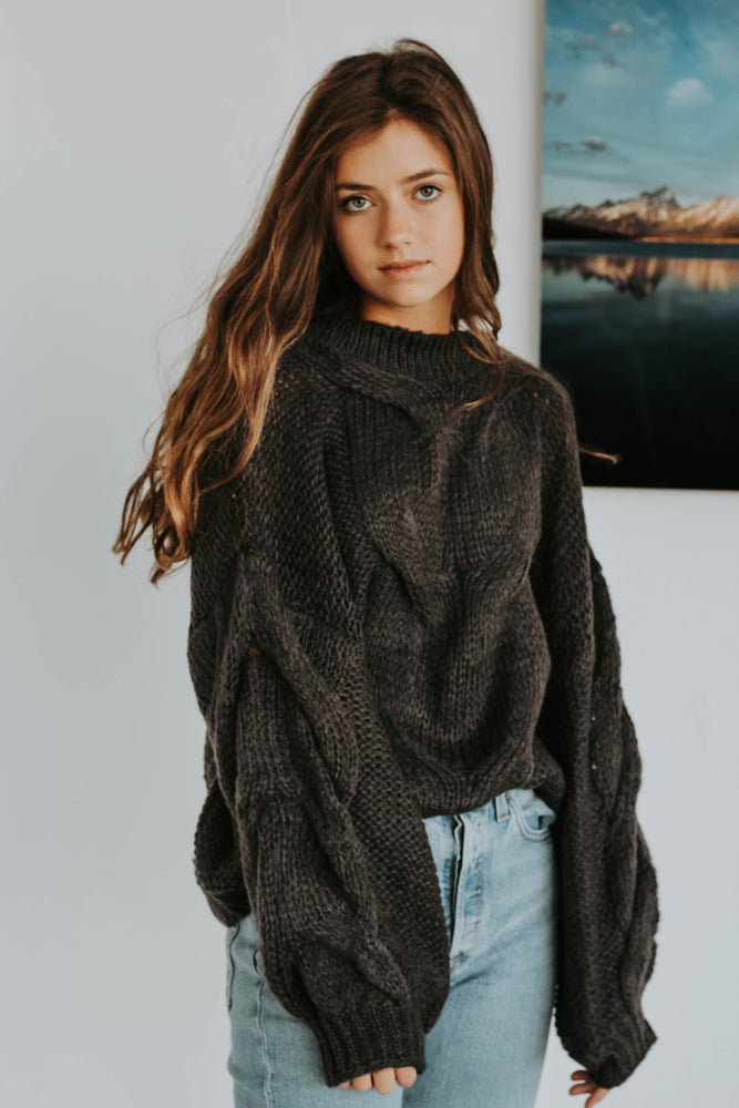 Jhett Knit Sweater (Charcoal)