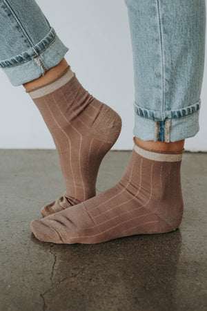 Holiday Socks (Mauve)