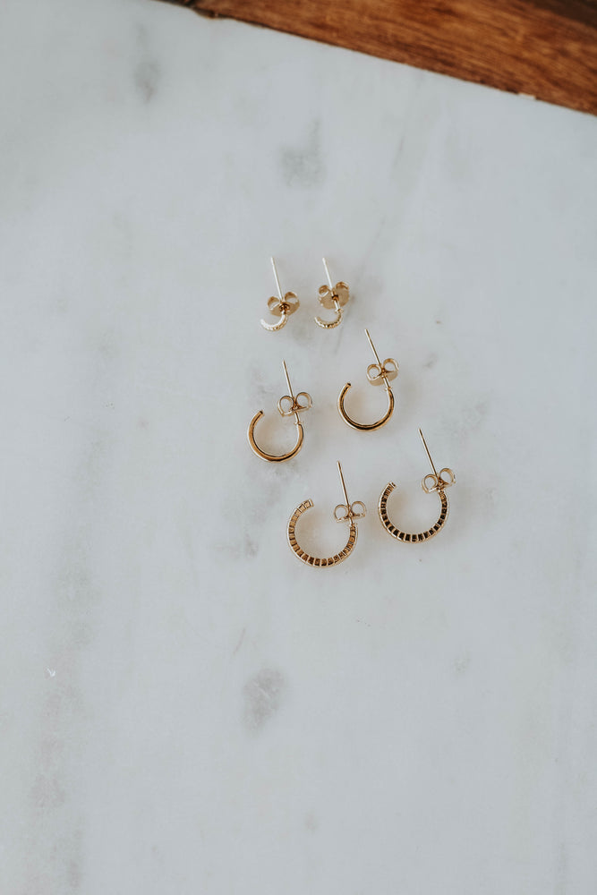 Dainty Mini Hoop Set