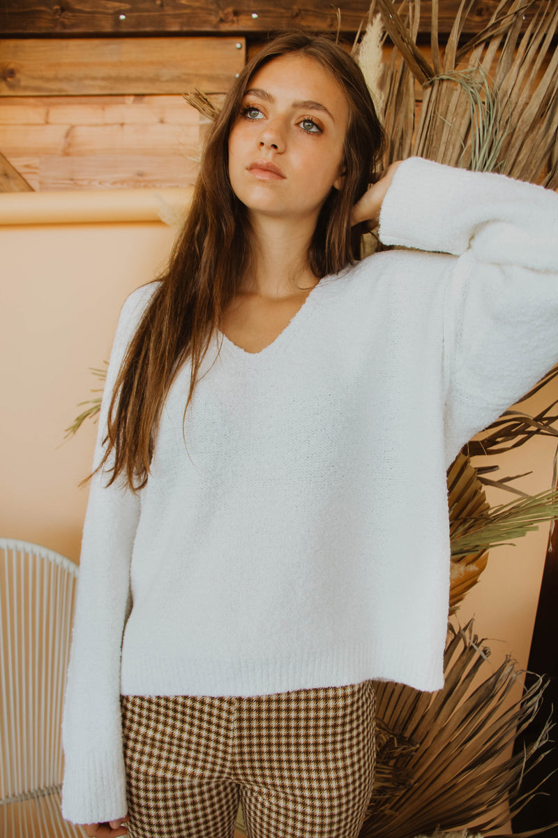 Warm Welcome Sweater (Ivory)