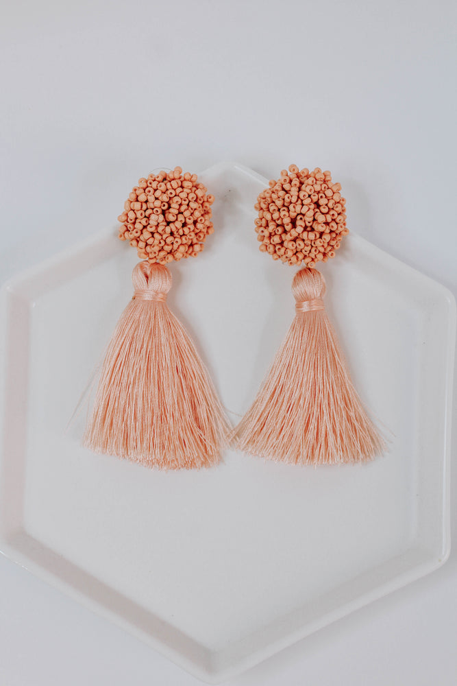 Fun Gal Earring (Pink)