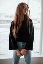Mak Wide Sleeve Pullover in Black