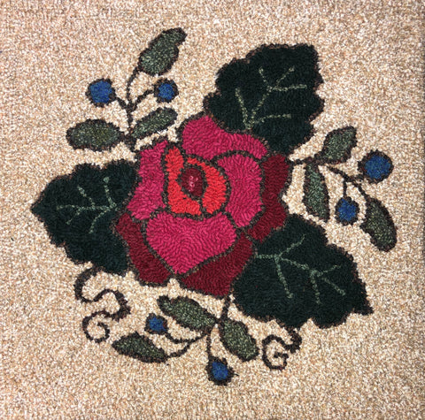 K1002: Three Rose Antique - Rug Hooking Kit